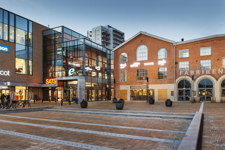 Sveriges ldsta k pcentrum mobilia forsen for Mobilia 1